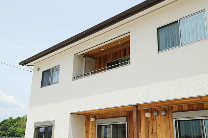 家を説明する建築写真